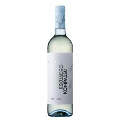 Eskuadro und Kompassu Weißwein